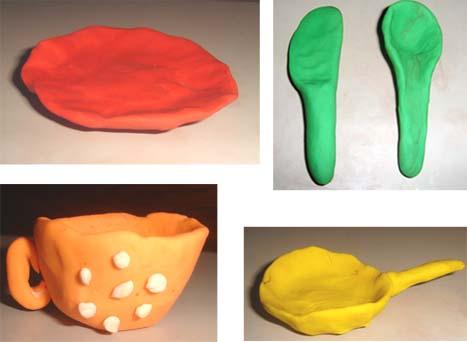 Сделайте их пластилина тарелку, ложку, нож, сковородку, кастрюлю.